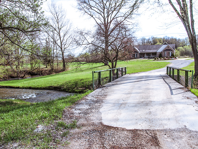 TenderCare of Oakland Township - scenic view entering the senior living property